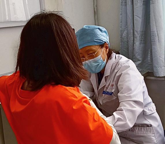 37岁女性查出0.4cm乳腺结节,辛明医生:开药调理3个月,乳腺结节消失